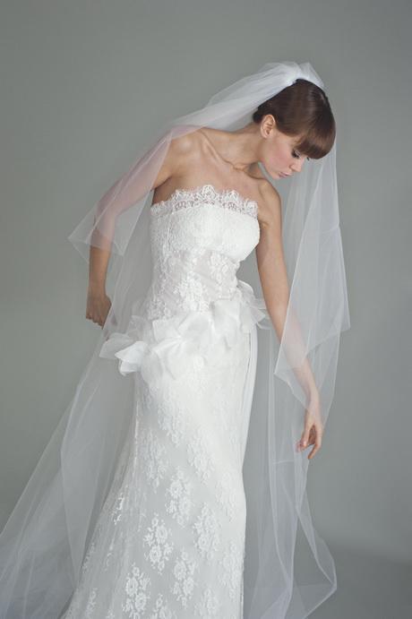 Matrimonio In Francese : Pizzo chantilly abiti da sposa