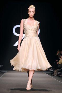 new style 68e41 dd0ff Vestiti anni 50 eleganti