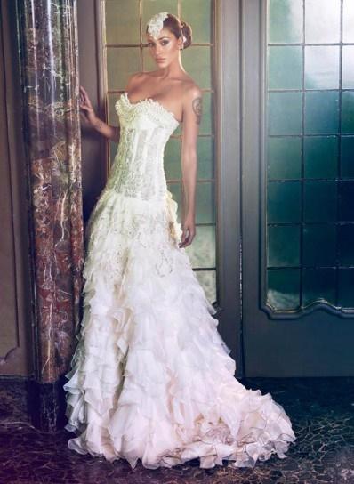 5f1394764e32 estremamente rococò  più che abiti da sposa si dimostrano delle vere e  proprie armi di seduzione ideali per dominare la scena di un matrimonio in …